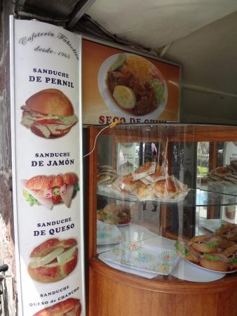 Plaza de la Independencia (Plaza Grande) : Buen desayuno.