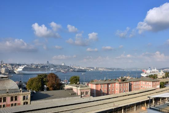 Elanaz Hotel Istanbul: View from Suite