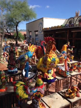 Tubac, Аризона: Lots of color!