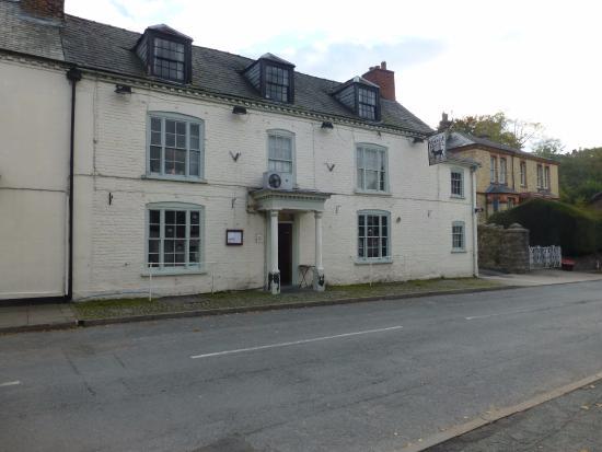 Llanfair Caereinion, UK: Goat Hotel