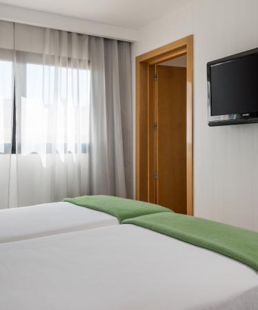 NH Ciudad Real: Room