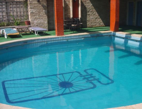 Pharaoh Egypt Hotel : Pool in der 13. etage