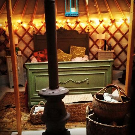 Norton Canon, UK: The Yurt by night
