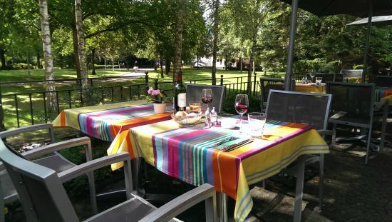 Parc Belair Hotel : Terrace restaurant / Breakfast