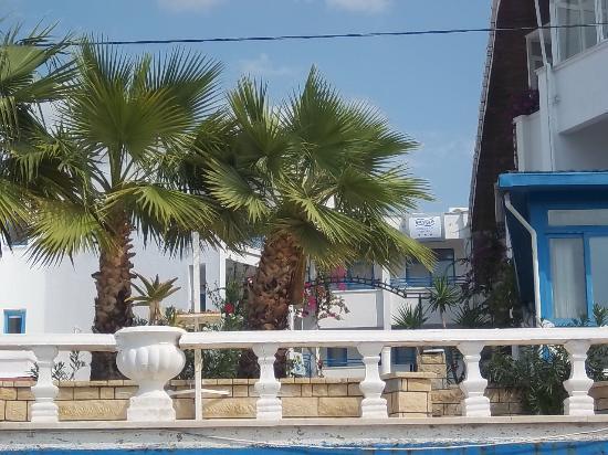 Sky Beach Hotel: Frontansicht