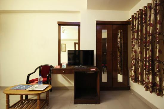 Room Picture Of Oyo Rooms Lakdi Ka Pul Niloufer Hyderabad