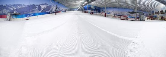 The Snow Centre: Our The closest REAL Snow to London, with a 160m Main Slope, and the Largest Lesson Slope in the