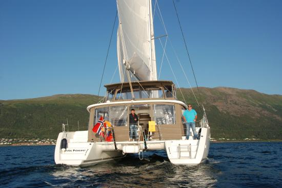 Luxus katamaran  Arctic Princess - Luxus catamaran Lagoon 450. She is designed for ...