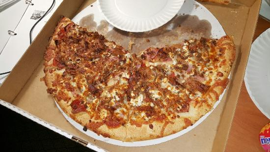 Tilton House of Pizza: Meat Lovers with feta cheese