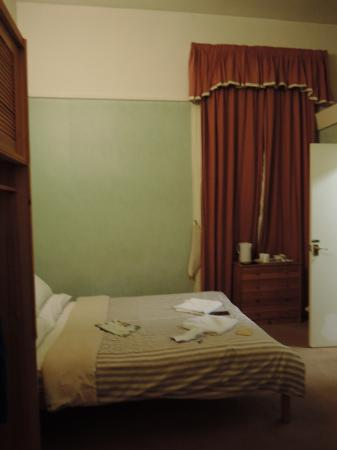 Beersbridge Lodge Guesthouse: Double bed