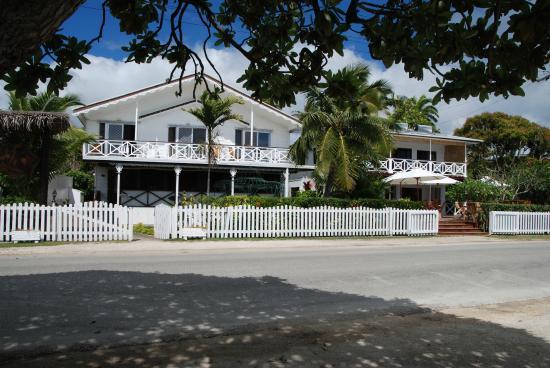 The Seaview Lodge