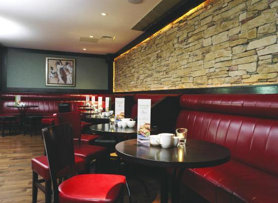McWilliam Park Hotel: Kavanagh's Bar