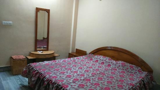 Tura, India: Hotel Sundare