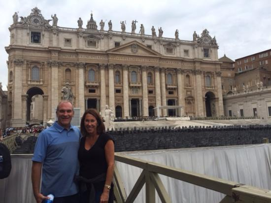 Marco Pontuali Private Tours : St Peters at the end of the Vatican tour with Marco