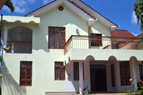 Luve House