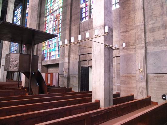 intérieurs - Bild von Antoniuskirche, Basel - TripAdvisor