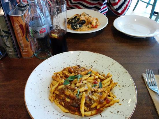 Zizzi - Edinburgh Queensferry Street: Pulled beef&venison pasta and risotto pesce