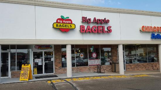 ‪Big Apple Bagels‬