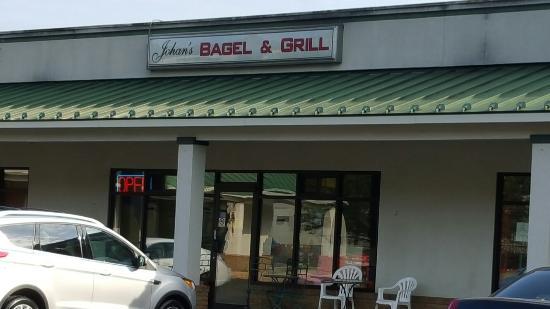 Johan's Bagel & Grill