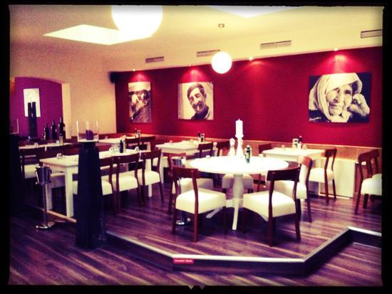 . Restaurant Bereich   Picture of Yamas meze restaurant   weinbar