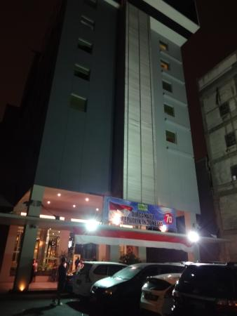 Sparks Life Jakarta Updated 2017 S Hotel Reviews