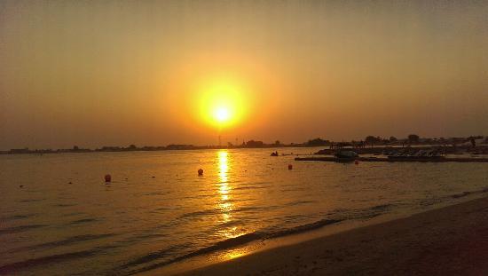 Dana Beach Resort: Enjoy with sea