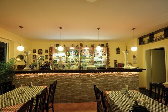 die 30 besten restaurants in der n he von bahnhof teltow gro beeren. Black Bedroom Furniture Sets. Home Design Ideas