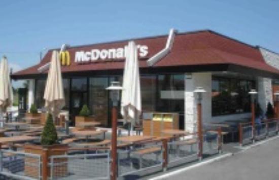 Algueirao - Mem Martins, Portugal: McDonald's Mercês