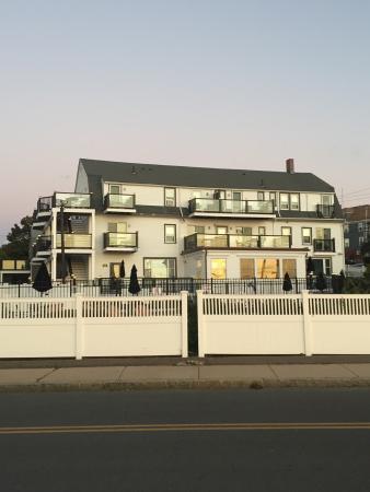 The Inn at Crystal Cove: photo0.jpg