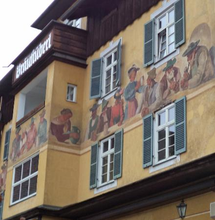 Braustuberl: Front murals at restaurant
