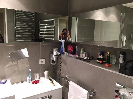 Mercure Paris Porte de Versailles Vaugirard: Banheiro limpissimo