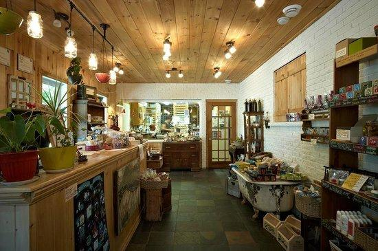Eastman, Canada: La boutique avec vu sur l'atelier