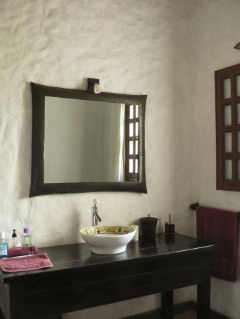 The Litchi Tree: Bathroom