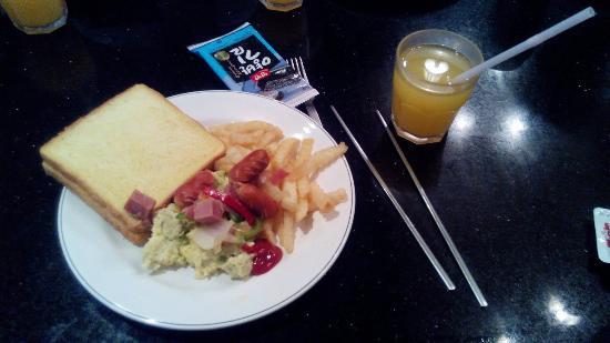 Hotel Benhur: Завтрак