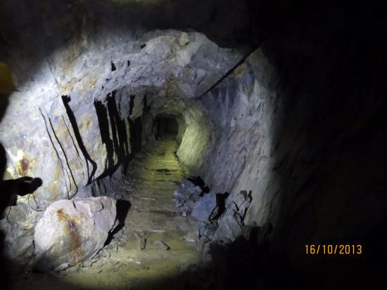 Corris Mine Explorers: Tunnel in the mine
