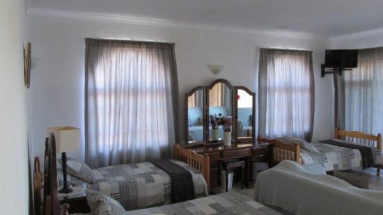 Paradise Heads: Sleeping Area