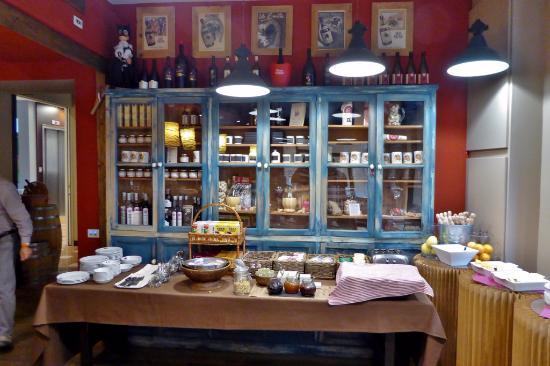 Frühstücksbuffet - Picture of Al Cappello Rosso 2a481cd76980