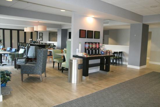 Hampton Inn Sayre: Hotel Lobby