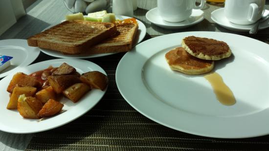 Rosea Cafe