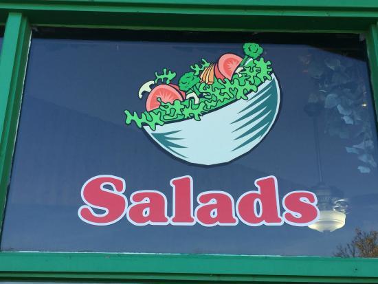 Garrison, MN: Fresh Salads