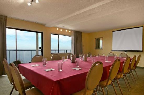 Red Lion Hotel Port Angeles: Meeting with a View
