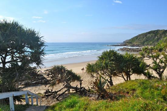 Coolum Beach, ออสเตรเลีย: First Bay - 150 m walk from Villa Coolum
