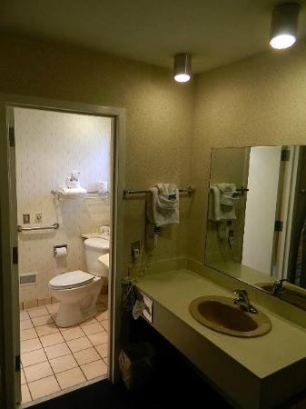Days Inn Durango : Bathroom