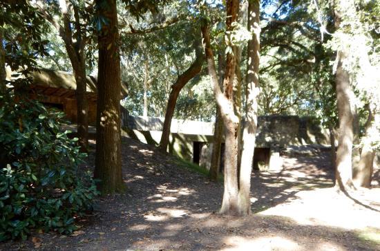 Fort Fremont: Old gun battery
