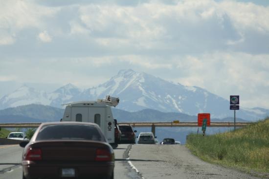 BEST WESTERN PLUS Silver Saddle: Highway near Estes Park