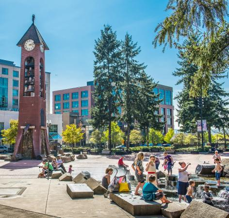 Esther Short Park : Propstra Square and Salmon Run Bell Tower in the summer