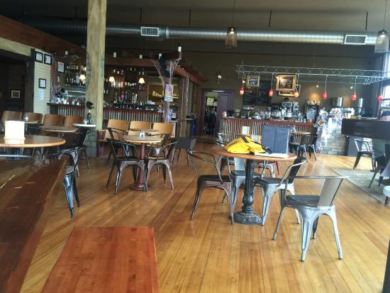 Dallas, OR: Restaurant