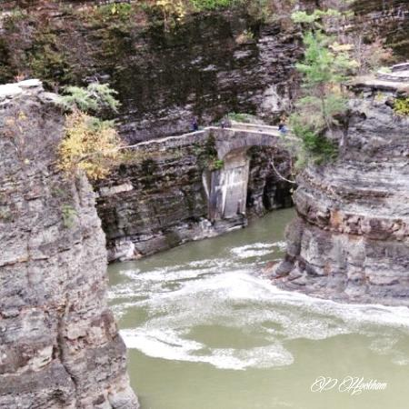 High falls picture of letchworth state park castile tripadvisor for Letchworth swimming pool timetable
