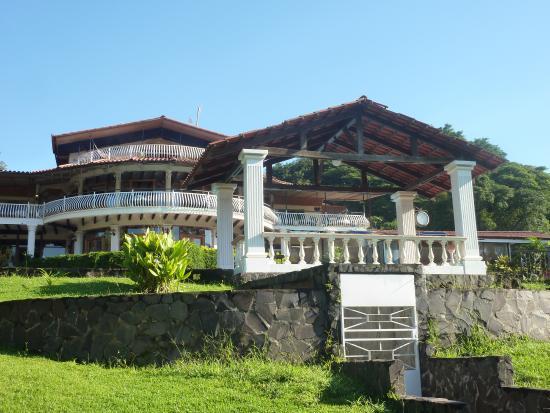 Resort Martino Boutique Hotel & Spa: Bâtiment principal de l'hôtel vu des chambres