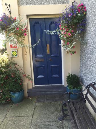 Bryn Guest House: Front door